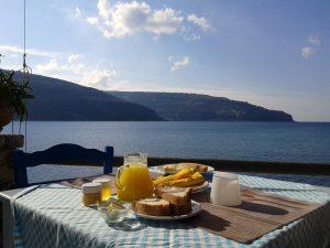 Śniadanie w Grecji